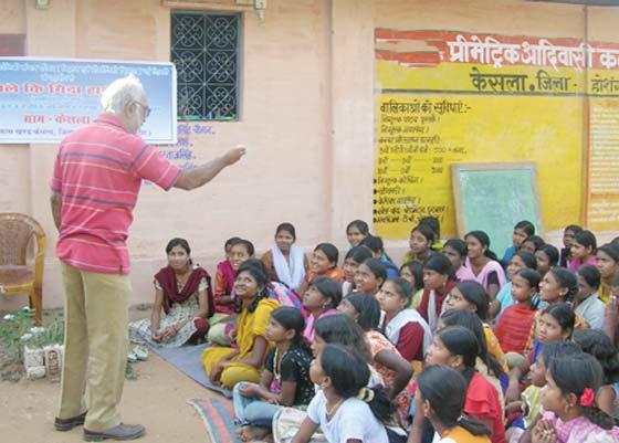 अनुसूचित जनजाति समाज को शिक्षित बनाने का दृढ़-संकल्प