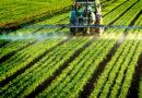 खेती में नई-नई तकनीक अपना रहे किसान