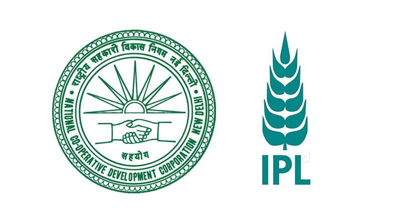 कोरोना से निपटने के लिए एनसीडीसी-इंडियन पोटाश ने केंद्रीय कृषि मंत्री श्री तोमर को दिया 11 करोड़ रूपए का चेक