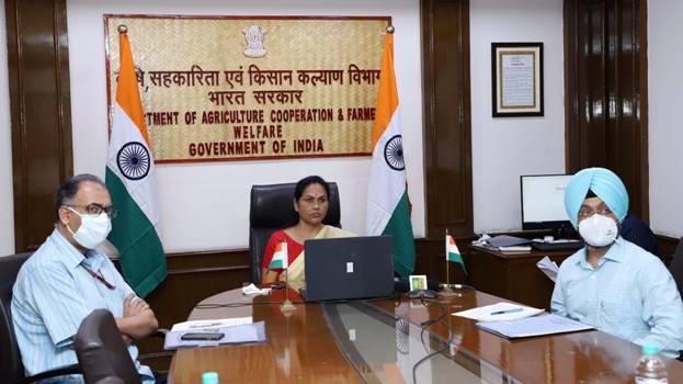 भारत खाद्यान निर्यातक देश बन के उभरा है: सुश्री करंदलाजे