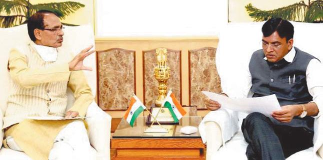 मध्य प्रदेश में डीएपी-यूरिया की कमी पूरी करें