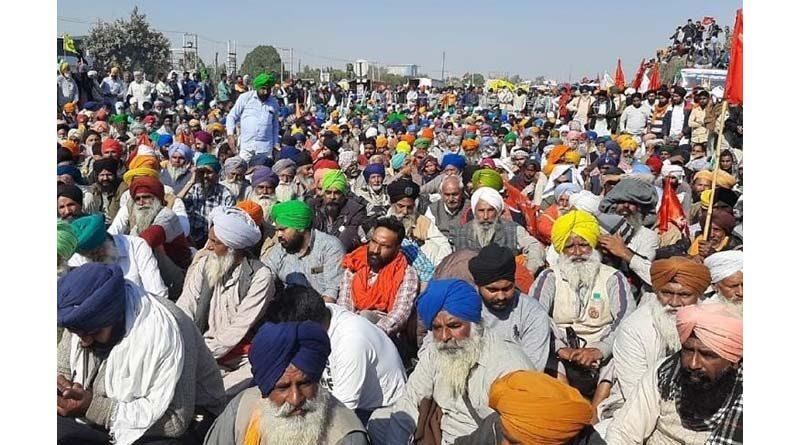 किसान आंदोलन : सरकार और किसानों को छोड़नी होगी जिद