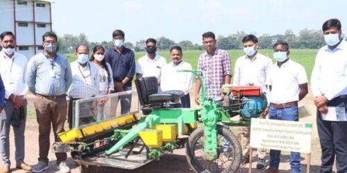 जेएनकेवीवी जबलपुर और आईआरआरआई फिलीपीन्स ने मिल कर बनाई धान की सीधी बोनी के लिए अंर्तराष्ट्रीय स्तर की मशीन