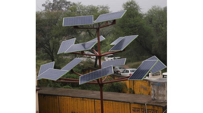 एमपीयूऐटी बना गाँवों में सौर वृक्ष स्थापित करने वाला देश का पहला विश्वविद्यालय