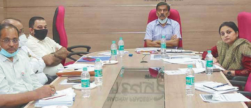 दलहनी-तिलहनी फसलों का उत्पादन बढ़ाने पर जोर दें : श्री सिंह